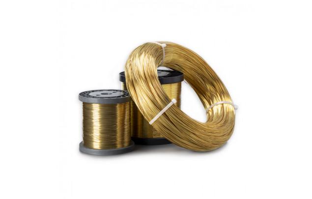 hilo de bronce